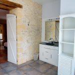 MG - Chambre rez de chaussée Salle de bain 3 conciergerie Helping Hands